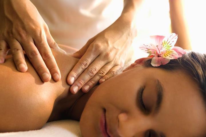 sensual massage to women