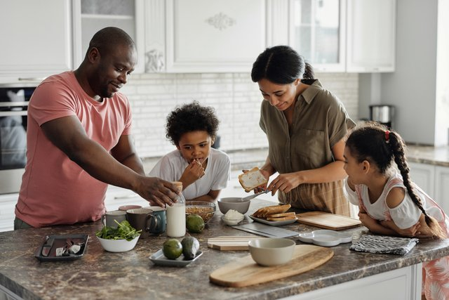 6 Healthy Habits All Parents Should Teach Their Kids