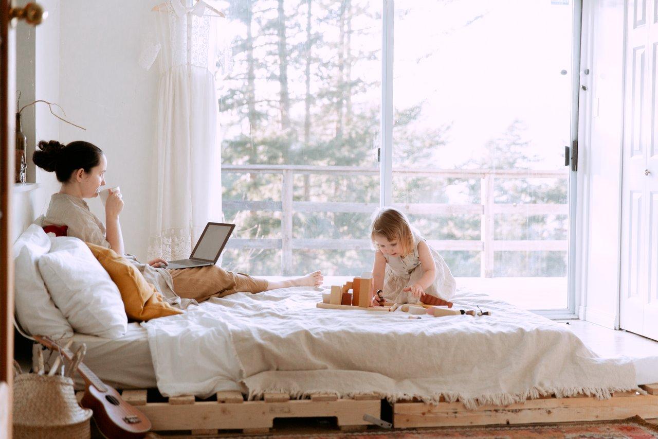 Balancing Motherhood & Work – 5 Surefire Ways to Balance the chaos in your Life