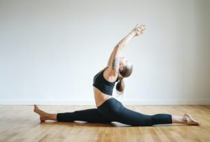 A Guide to Practicing Yoga Without a Mat